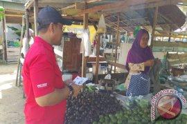 "PLN Sanggau Gelar ""Gerebek Pasar"" Sosialisasikan Listrik Prabayar"