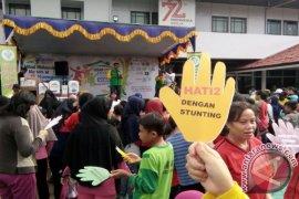 Ribuan Warga Putussibau Kampanyekan Gizi Nasional