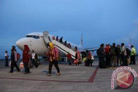 Bandara Lombok ditutup sejak Minggu sore tadi