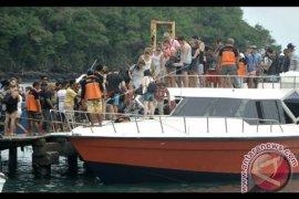 Penumpang angkutan laut dari Bali turun 15,44 persen