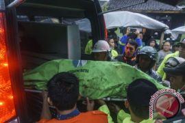 Satu dari tiga korban longsor Yogyakarta belum ditemukan