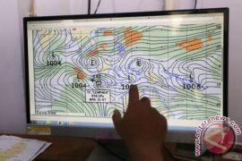 BMKG ingatkan cuaca Sulbar berpotensi terdampak siklon Nora