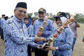 Pemprov Lampung Menyerahkan 3.000 Rumah Program BSPS