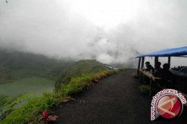 Wisata Gunung Galunggung Ditutup, Kenapa?