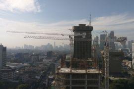 Siang ini Jakarta cerah, sebagian hujan