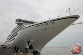 Kapal pesiar Seabourn sandar di Sabang