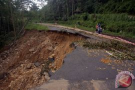 BNPB perpanjang masa tanggap darurat bencana Pacitan