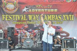 Ketua MPR Zulkifli Hasan Buka Festival Way Kambas