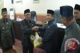 Fraksi Pakar Tolak RAPBD 2018 Kayong Utara