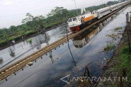 KAI Masih Waspadai Banjir Porong