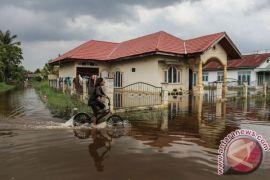 Ratusan warga terdampak banjir di Pekanbaru