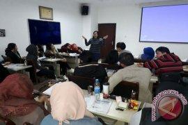 Universitas Indonesia Melatih Guru Bahasa Indonesia Di China