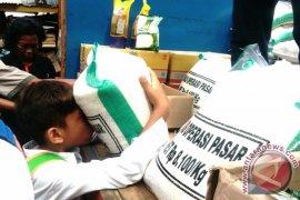 Bulog Jambi jual beras OP 1.190 ton