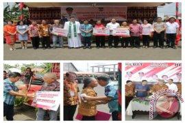 Pemkab Minahasa Tenggara Realisasikan Bantuan Lansia Page 1 Small