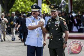 """""""Flight Pass"""" warnai Sertijab Panglima TNI"""