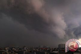 Sebagian Jakarta hujan deras pada siang dan sore hari