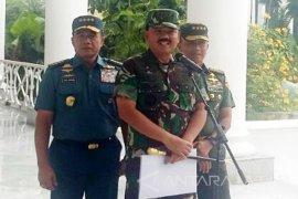 Hadi Tjahjanto Laporkan Soliditas TNI kepada Jokowi (Video)