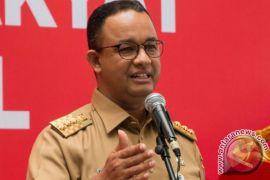 Gubernur DKI desak pemilik mobil mewah lunasi pajak