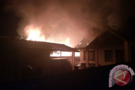 Three House Burned in Tabalong