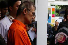 Sidang vonis Tio Pakusadewo ditunda