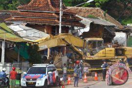 Kecelakaan truk sebabkan sembilan rumah rusak di Batu