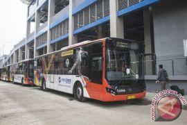 Transjakarta buka dua rute bus terintegrasi kereta bandara