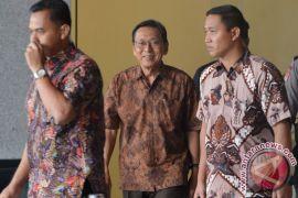 Mantan Wakil Presiden Boediono datangi KPK
