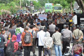 Protes Limbah PLTU