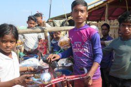 Laporan dari Bangladesh - Berjualan di kamp pengungsi Rohingya