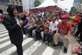 Wali kota Liverpool jalan-jalan di Tunjungan Surabaya