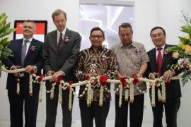 Pusat inovasi industri perekat untuk Asia Tenggara dibangun di Bintaro