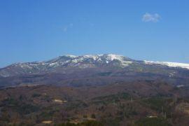Selain Gunung Agung, gunung berapi di Jepang juga meletus hari ini