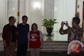Kemarin, ragam perayaan tahun baru di berbagai wilayah Indonesia