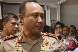 Densus 88 tangkap dua terduga teroris di Cirebon