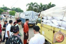 Pemprov Jambi lepas 60 ton beras operasi pasar