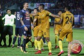 Arema lolos ke delapan besar Piala Presiden