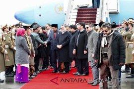 Meski Telah Terjadi pemboman, Presiden Jokowi tiba di Afghanistan