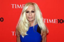 Donatella Versace hentikan penggunaan bulu hewan di produknya