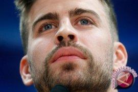 Gerard Pique peringatkan Barcelona tak beri kesempatan MU ulangi lebangkitan