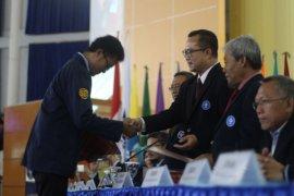 Rektor IPB Lantik Ribuan Mahasiswa Aktivis