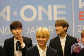 Kang Daniel Wanna One habiskan masa libur Imlek bersama keluarga