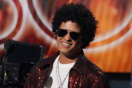 Penghargaan Album Terbaik Grammy pun jatuh ke Bruno Mars
