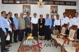 Gubernur Bali dorong pembaharuan IHDN Denpasar