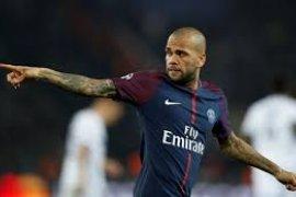 Dani Alves tolak kembali bela Barca dan Juve