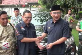Pemkot Bandung Serahkan 11 Unit Kendaraan untuk Pilkada