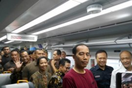Presiden resmikan pengoperasian KA Bandara Soekarno-Hatta