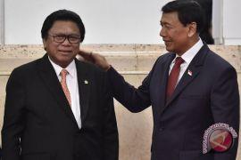Soal cawapres, Wiranto minta waktu selesaikan tugas
