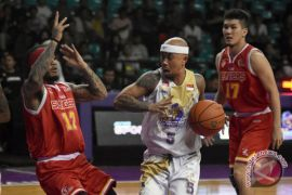 CLS Knights Lawan Singapore Slingers