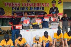 Polres Jember Buru Tahanan Narkoba Kabur Sebelum Sidang di PN