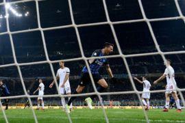 Inter Milan selamat dari kekalahan atas Roma berkat gol Vecino
